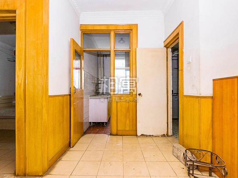 温泉花园A区·4居室·次卧1