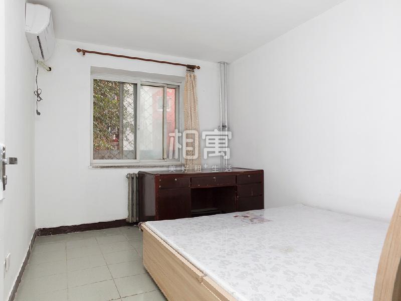 中关村·保福寺小区·2居室·主卧