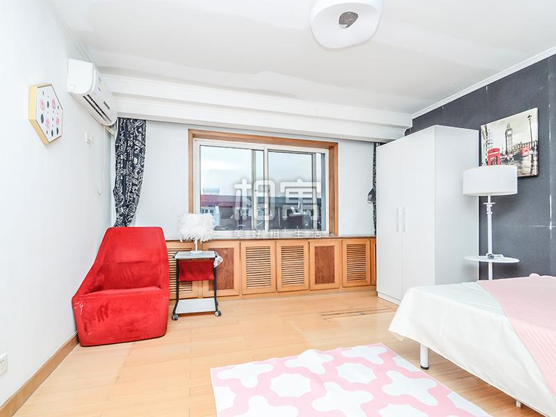 北关·富河园·6居室·主卧