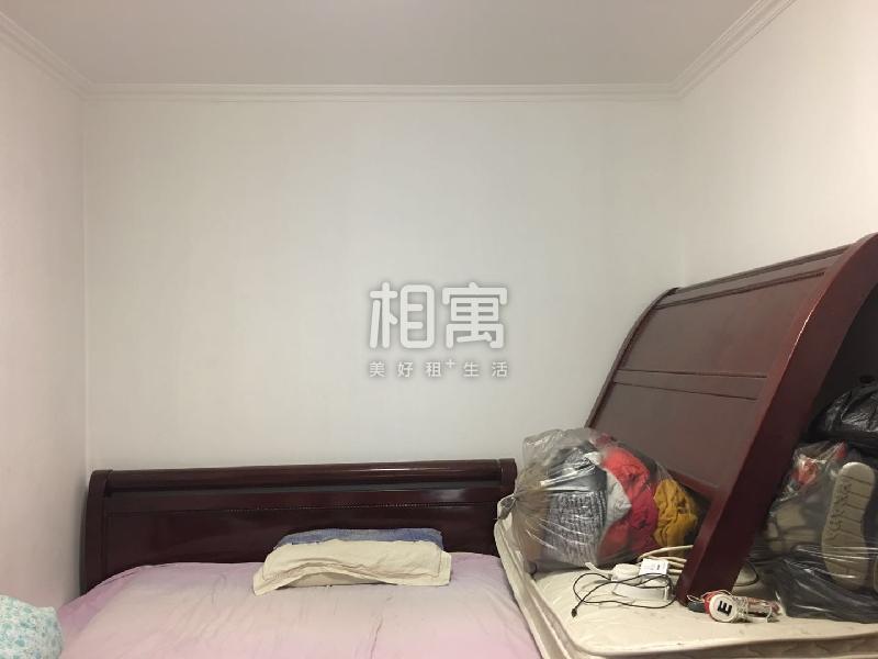 北关·财富东方·4居室·次卧3