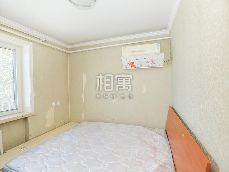 北关·物资学院家属院·3居室·主卧
