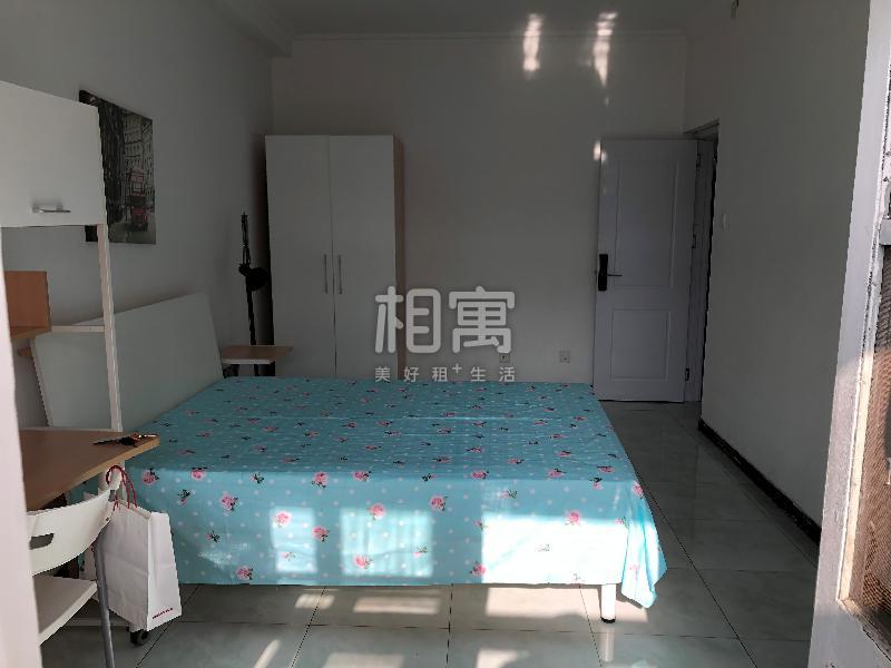 白石桥·大慧寺7号院·3居室·主卧
