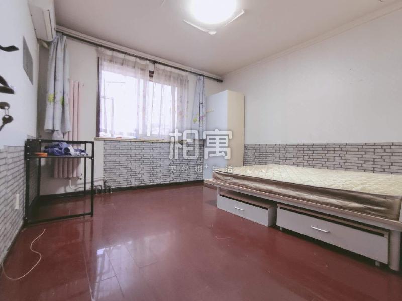 清河·宝盛北里·4居室·主卧